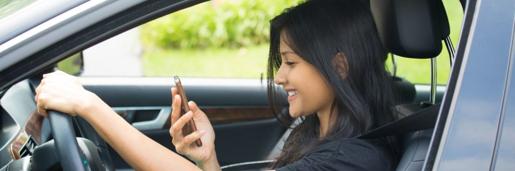 can you text at a red light